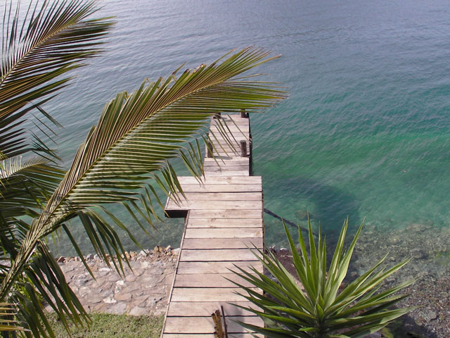 Swimming dock at Pasajcap